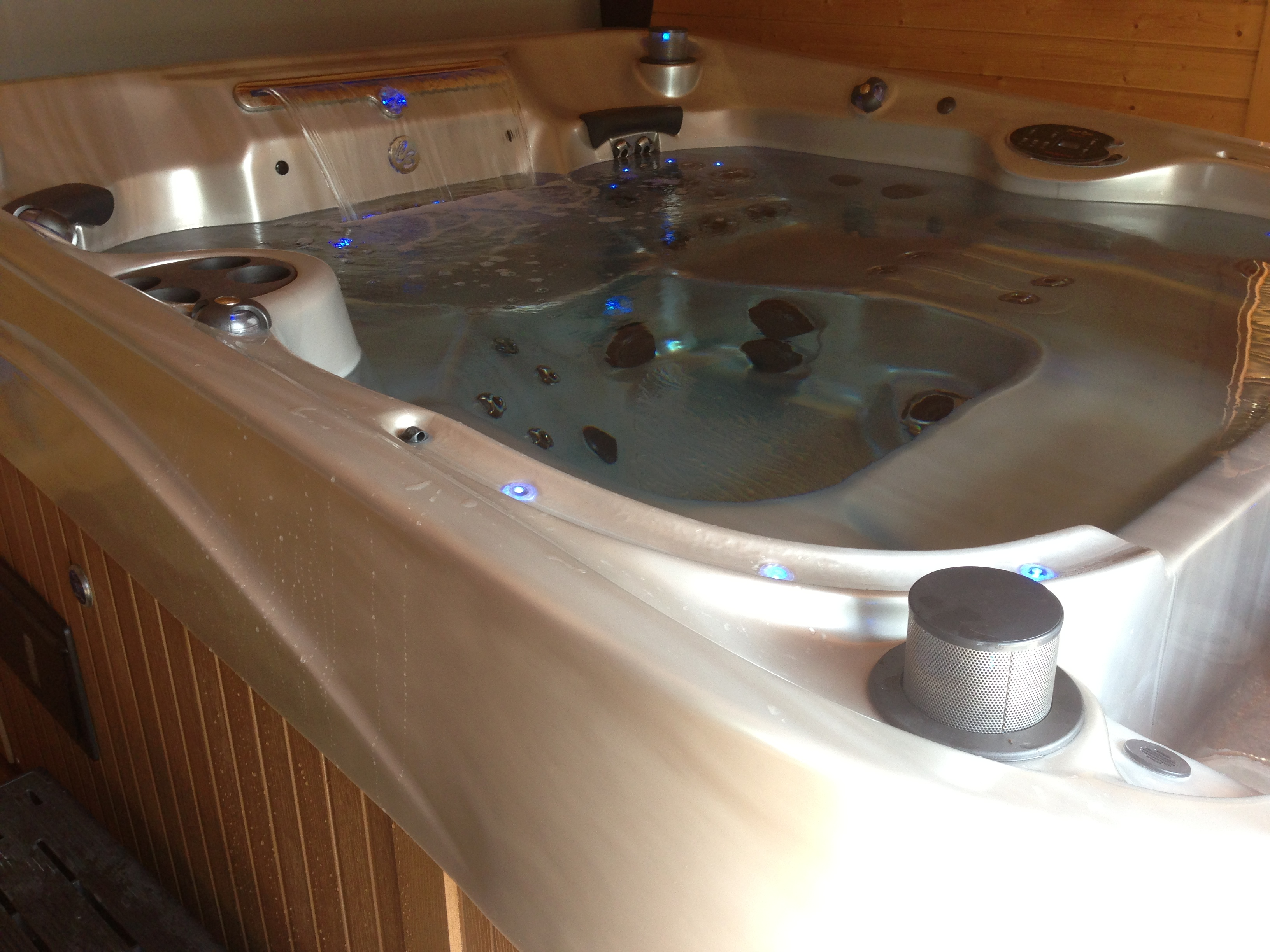 person tub images more coast luxury warwickshire leisure tubs spas horizon jacuzzi hot award