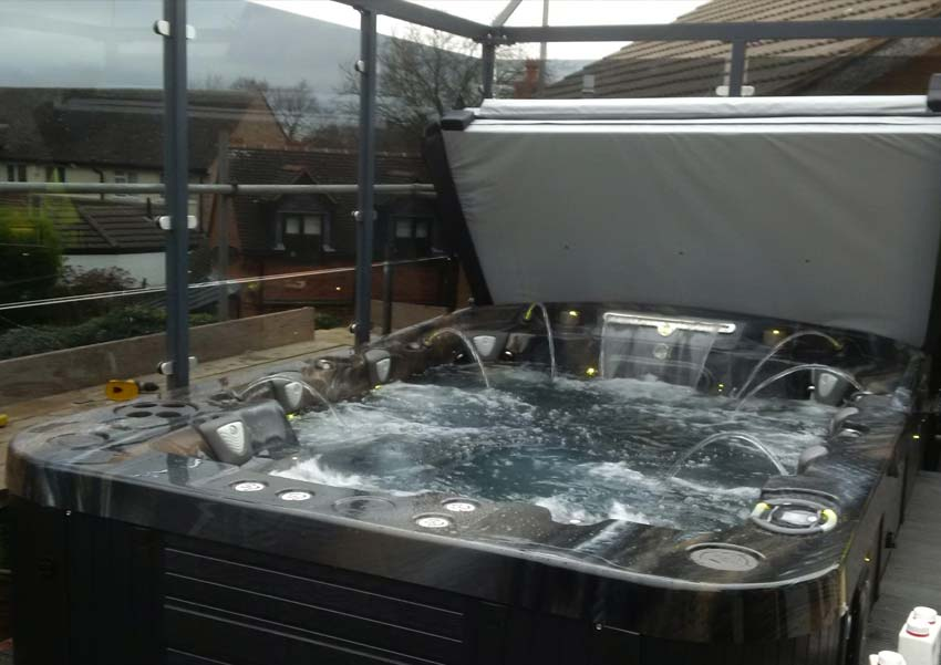 Mirage Curve 8 Person Luxury Hot Tub Coast Spas Award